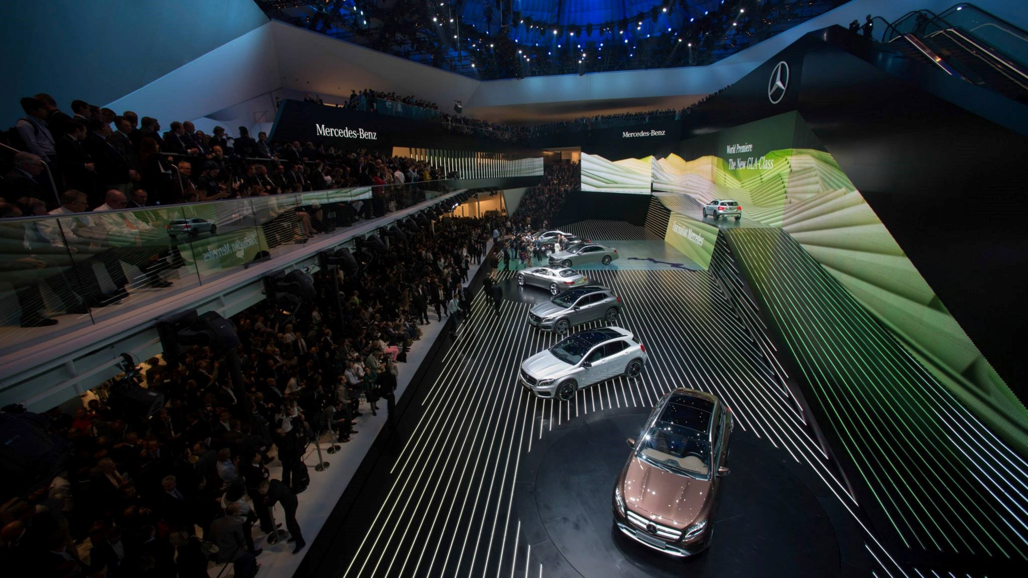 Liase group explores 2015 frankfurt motor show iaa for Mercedes benz frankfurt