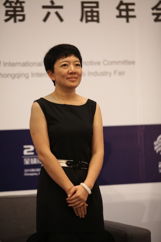 "Ma Xiaowei, President of Iautos.cn pointed out that both traditional dealers and new online dealers will have to keep quality controls and provide good consumer services to survive in the aftersales segment of the industry. ""The second-hand or used car selling is full of great business opportunities. In the future, the size of the second-hand car sales market will double, and even reach 20 million units,"" said Ms. Ma."