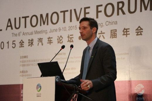 Edouard de Pirey, President of Valeo China. Valeo is continuing to invest in China, where it already has 26 plants and 15,000 employees. Valeo has also been growing its R&D capacity in the country with the establishment of ten development centers and three research centers. China is expected to become Valeo's country in terms of sales. The group has been investing more than RMB 1 billion a year in China