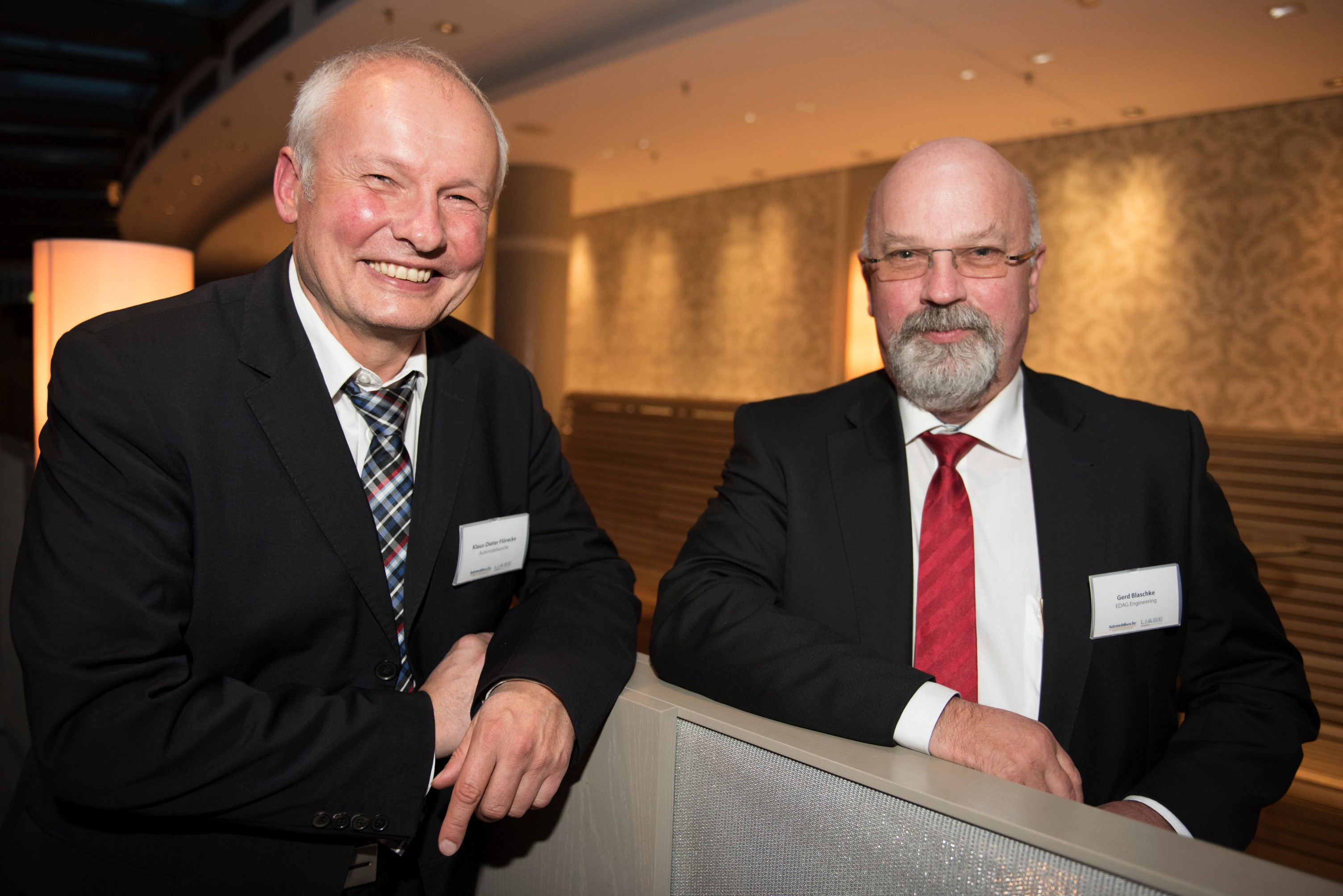 Klaus-Dieter Flörecke (left), Editor of Automobilwoche; and Gerd Blaschke (right), Head of Division, EDAG Engineering, Volkswagen.